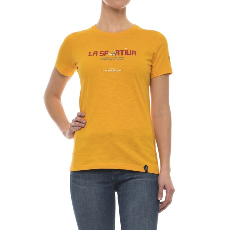 La Sportiva Metroid T-Shirt - Short Sleeve (For Women) in Papaya