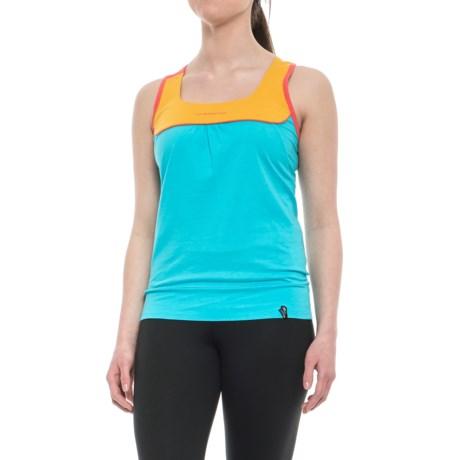 La Sportiva Momentum Tank Top - Organic Cotton, Racerback (For Women) in Malibu Blue/Yellow