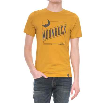 La Sportiva Moonrock T-Shirt - Short Sleeve (For Men) in Nugget - Closeouts