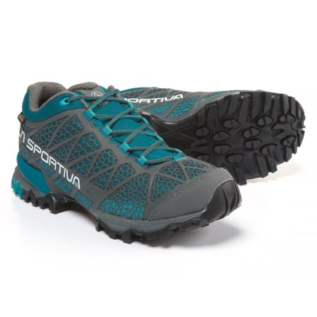 La Sportiva Primer Low Gore-Tex® Hiking Shoes - Waterproof (For Women) in Carbon/Fjord