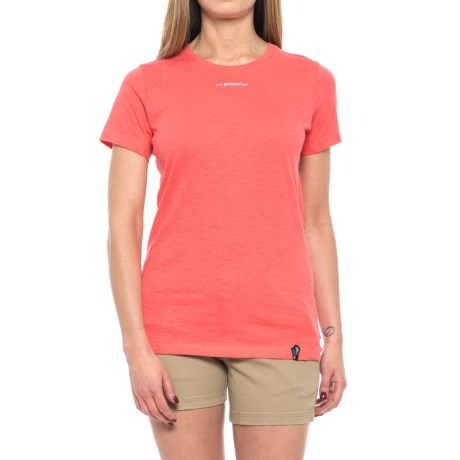 La Sportiva Vintage Logo T-Shirt - Short Sleeve (For Women) in Coral