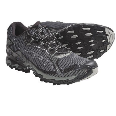 La Sportiva Wildcat 2.0 Trail Running Shoes (For Men) in Black/Grey