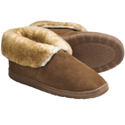 Lamo Bootie Slippers - Suede, Sheepskin-Lined (For Men) in Chestnut