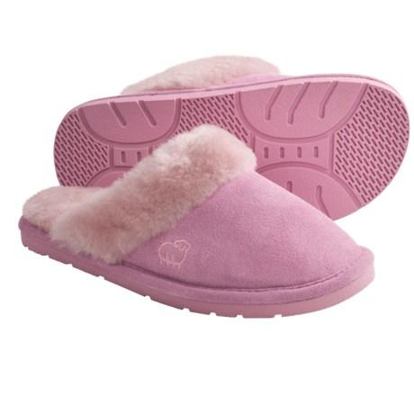 LAMO Footwear Sheepskin Scuff Slippers - Suede (For Women) in Pink
