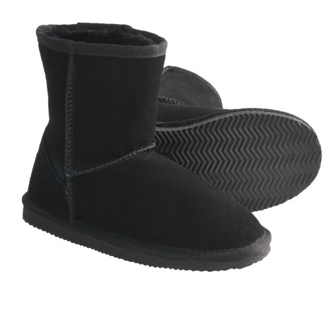 Lamo Suede Sheepskin Boots (For Youth, Boys and Girls) in Black