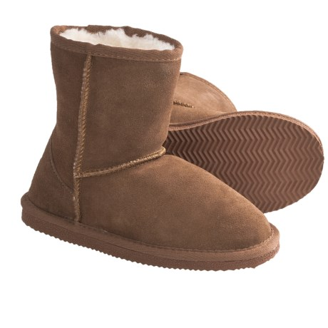 Lamo Suede Sheepskin Boots (For Youth, Boys and Girls) in Chestnut