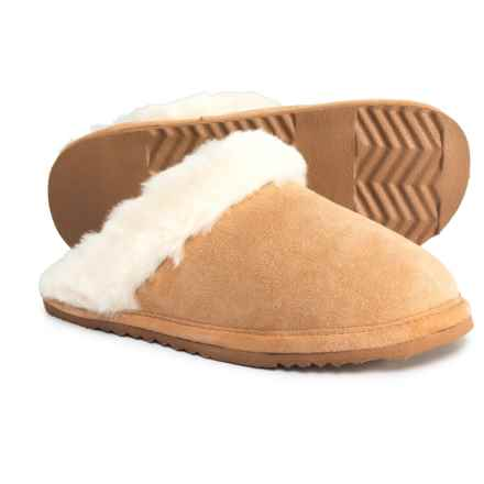 L.B. Evans Hideaways Harlow Sherpa Scuff Slippers - Suede (For Women) in Natural - Closeouts