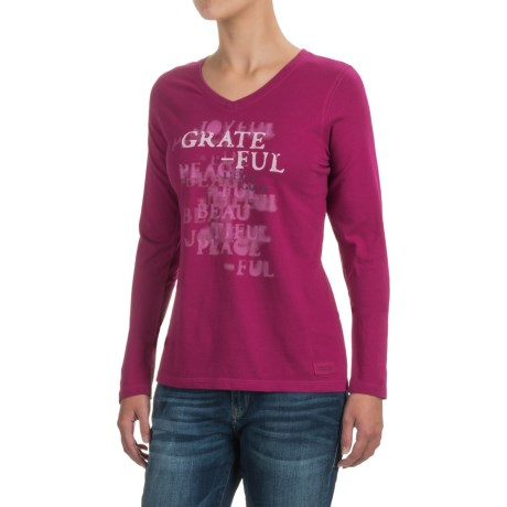 Life is good® Crusher V-Neck T-Shirt - Long Sleeve (For Women) in Wild Plum Grateful Stencil
