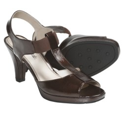 Life Stride Arden Heels (For Women) in Bronze