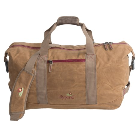 Lilypond Mountaintop Duffel Bag in Earth/Berry