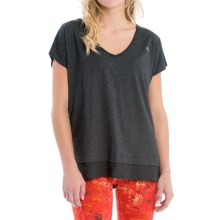 Lole Stacey Shirt - Short Sleeve (For Women) in Black - Closeouts