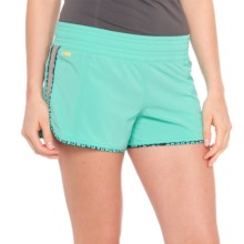 Lole Step Shorts - UPF 50+, Low Rise (For Women) in Turquoise - Closeouts