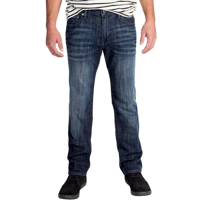 Shop Men's A.K.O.O. Clothing and Apparel. Get t-shirts, graphic tees, shorts, pants, sweatshirts, jackets, and the hottest urban clothing at Jimmy Jazz.
