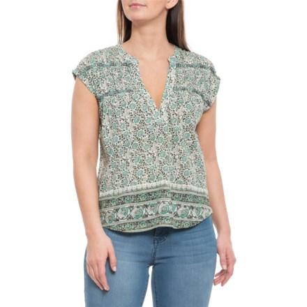 b4fb985489394c Women s Shirts   Tops  Average savings of 51% at Sierra