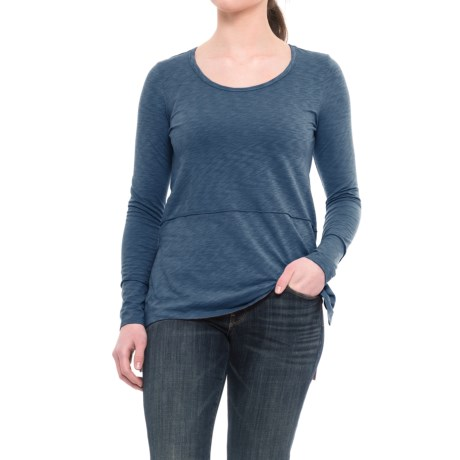 Lucy & Laurel High-Low Shirt - Long Sleeve (For Women) in Faded Denim
