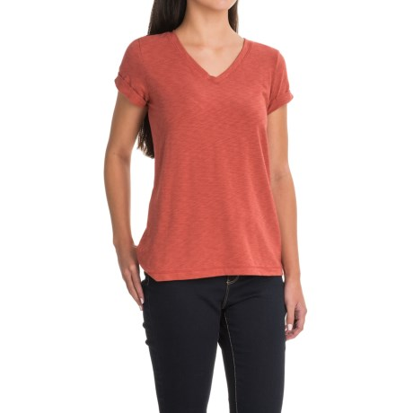 Lucy & Laurel V-Neck Slubbed T-Shirt - Short Sleeve (For Women) in Clay Pot