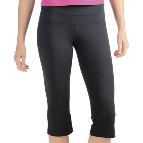 lucy Hatha Power Capris (For Women) in Lucy Black