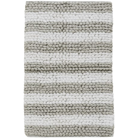 """Madison Home Paper Chindi Silver and White Loop Bath Rug - 27x45"""" in Silver/White"""