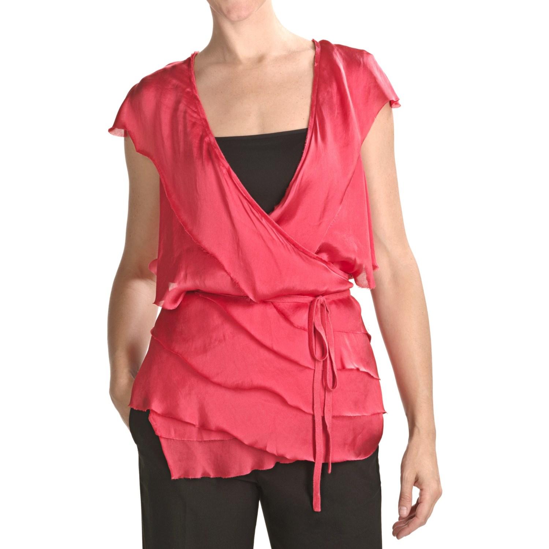 magaschoni silk cashmere wrap shirt ruffled for women in red berry~p~1354g 02~1500.3 Áo sơ mi nữ và vài nét đẹp lạ lẫm cho bạn gái!