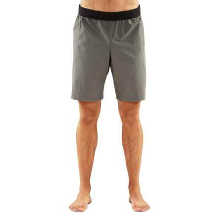 Manduka Daily Yoga Shorts (For Men) in Fog - Closeouts