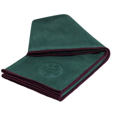 Manduka eQua® Yoga Hand Towel in Thrive