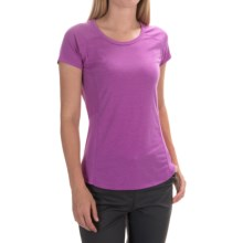 Marmot Evie T-Shirt - UPF 30, Short Sleeve (For Women) in Fuchsia - Closeouts