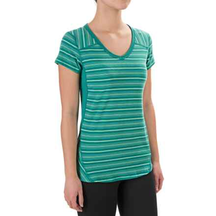 Marmot Julia Shirt - UPF 30, Short Sleeve (For Women) in Gem Green - Closeouts
