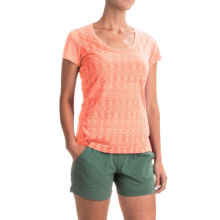 Marmot Logan T-Shirt - UPF 30, Short Sleeve (For Women) in Pink Lemonade Lilly - Closeouts