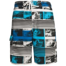 Maui Waves Print E-Board Shorts (For Men) in Blue Abstract - Closeouts