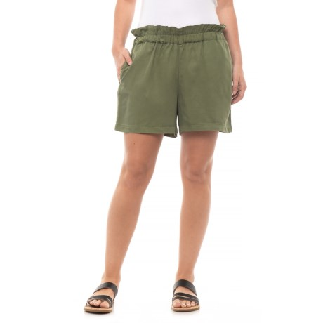 Max Jeans Ruffle Shorts (For Women) in Olivine