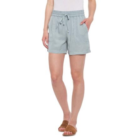 fc63bd4a0 Max Jeans TENCEL® Patch Pocket Shorts (For Women) in Abyss - Closeouts