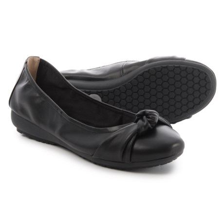 Me Too Jaci Ballet Flats - Leather (For Women) in Black Nappa