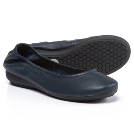 Me Too Janell Ballet Flats - Leather (For Women) in Navy Leather
