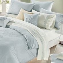 Melange Home Camellia Embroidery Duvet Set - King in Lt Blue/ Whi - Overstock