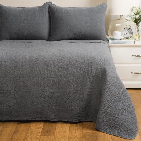 Melange Home Crazy Triangle Quilt Set - Full-Queen in Charcoal
