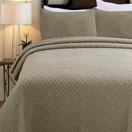 Melange Home Emma Stonewashed Quilt Set - Full-Queen in Taupe Fog Textured - Closeouts