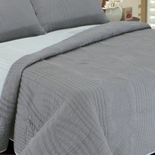 Melange Home Plaza Reversible Quilt - Full-Queen in Dark Grey/Light Grey - Closeouts