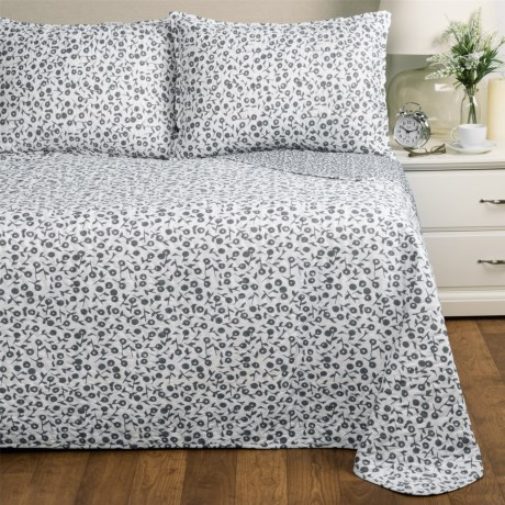 Melange Home Poppy Quilt Set - Full-Queen in Grey/White