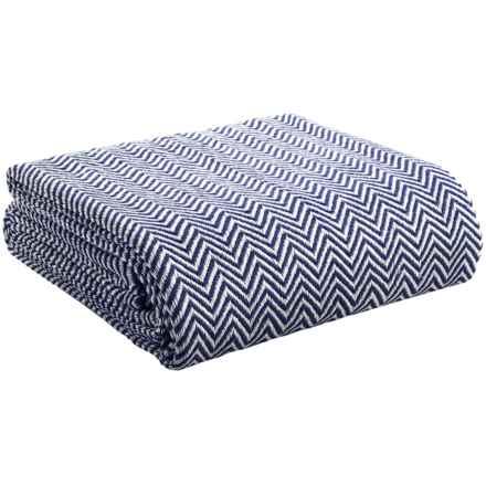 Melange Home Yarn-Dyed Cotton Herringbone Blanket - Full/Queen in Navy - Overstock