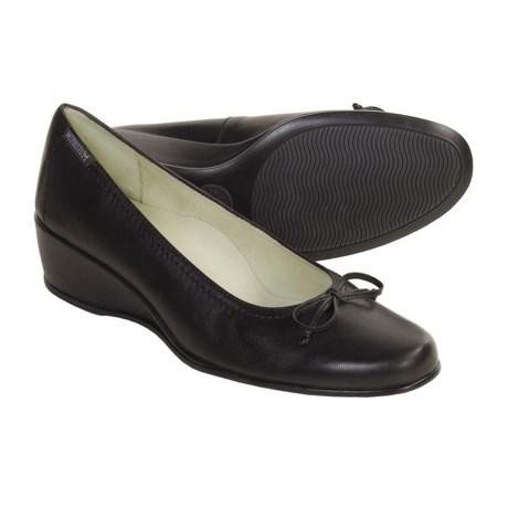 Mephisto Jaela Dress Shoes - Wedge Heel (For Women) in Black Napa Special