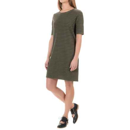 Mercer and Madison Single Jersey Stripe Shift Dress - Scoop Neck, Elbow Sleeve (For Women) in Clover Fields/Black - Overstock