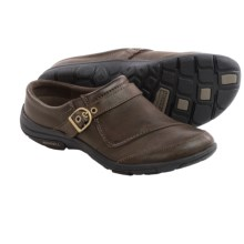Merrell Dassie Slide Leather Shoes - Slip-Ons (For Women) in Coffee - Closeouts