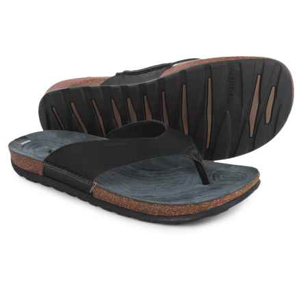 Merrell Downtown Flip-Flops - Leather (For Men) in Black - Closeouts