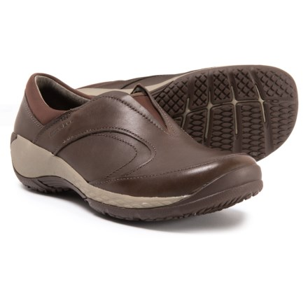 6108ac31f9 Merrell Encore Q2 Moc Shoes - Slip-Ons (For Women) in Espresso