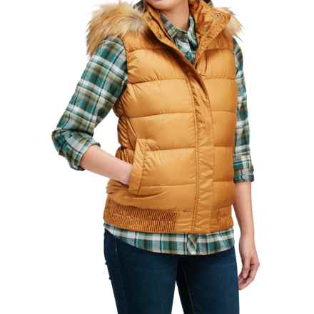 Merrell Featherless Puffer Vest - Insulated (For Women) in Bone Brown - Closeouts