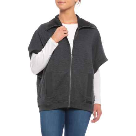Merrell Kota Quilted Poncho (For Women) in Black Heather - Closeouts