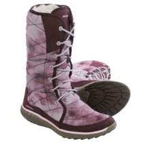 Merrell Pechora Peak Winter Boots (For Women) in Burgundy - Closeouts