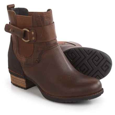 Merrell Shiloh Pull Boots - Leather (For Women) in Oak - Closeouts
