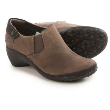 Merrell Veranda Moc Shoes - Leather, Slip-Ons (For Women) in Cloudy - Closeouts