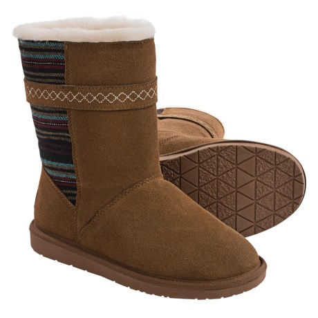 Minnetonka Fairmont Boots Sheepskin Lined (For Women)